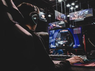 Image is meant to showcase theme of the article, esports.